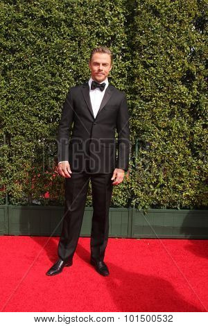 LOS ANGELES - SEP 12:  Derek Hough at the Primetime Creative Emmy Awards Arrivals at the Microsoft Theater on September 12, 2015 in Los Angeles, CA