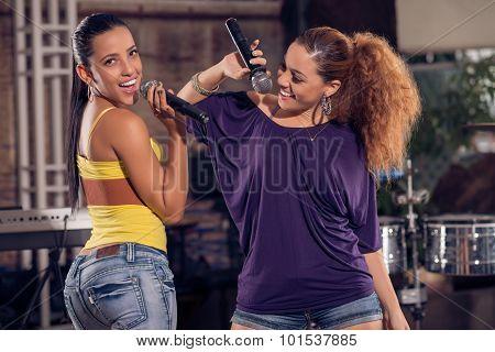 Two Cuban Female Singers