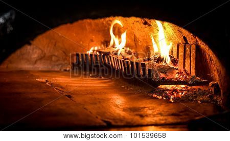 Pizza Oven With Natural Firewood, Coal And Flame