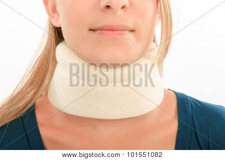 Woman wearing a neck brace