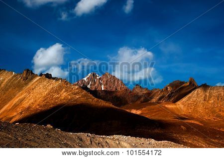 sun shines on the mountain