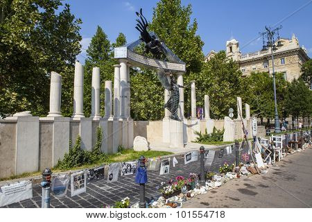 Victims Of Nazi Occupation Memorial In Budapest