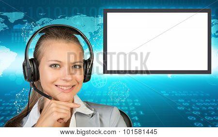 Businesslady in earphones