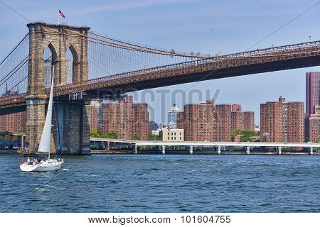 Sailing under the Brooklyn Bridge