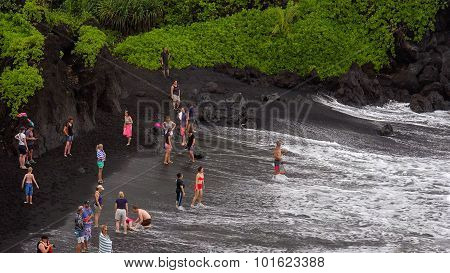 Black Sand Beach At Waianapanapa State Park, Maui