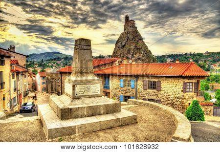 War Monument In Le Puy-en-velay, Auvergne, France