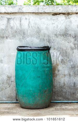 Green Plastic Dust Bin.