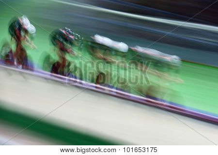 Motion blur of track cycling
