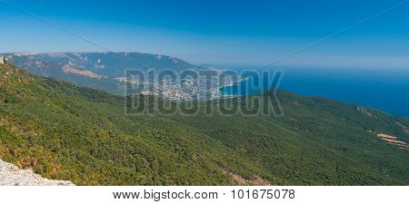 Panoramic view on Yalta city from the Ai-Petri mountain