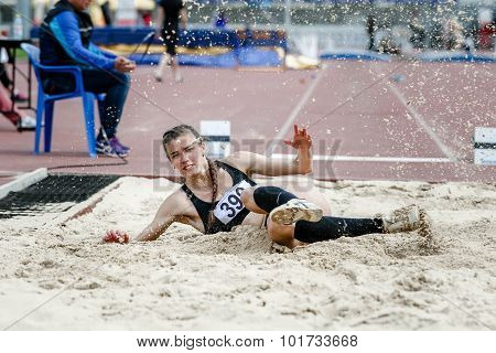 girl athlete long jump competitions