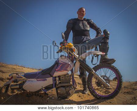 Enduro motorcycle racing .
