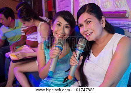 Lovely Karaoke Singers