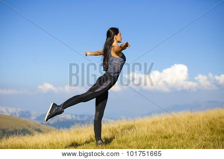 Exercising fitness woman doing exercises in natureercise training o