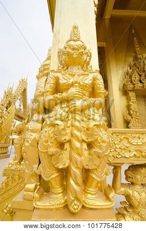 Gold Giants Statue.