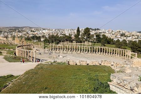 Forum (Oval Plaza) in Gerasa (Jerash) Jordan