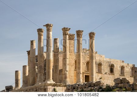 emple of Zeus Jordanian city of Jerash