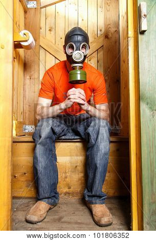 Respirator Protects Visitor Of Wc From Stinky Smell