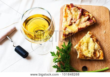 White Wine And Pizza