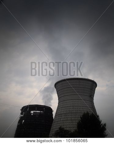 Thermal power plant pollutes the air at industrial area