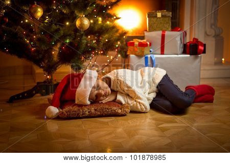 Girl Fell Asleep Under Christmas Tree While Waiting For Santa
