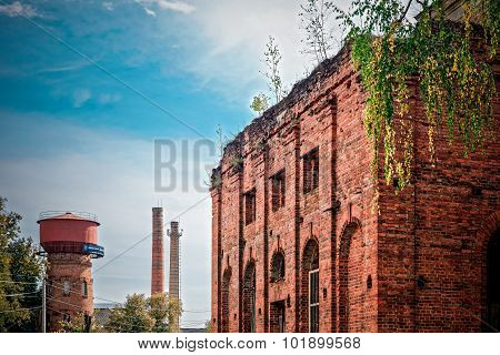 Ivot Bryansk region Russia - September 17 2015: The ruins of the old Orthodox Church of red brick.
