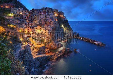 city manarola in cinque terre, Italy