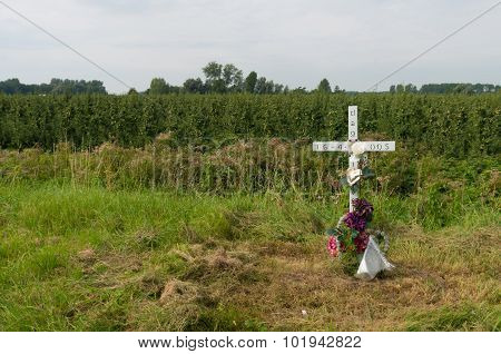 Roadside Remembrance Cross