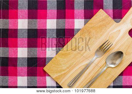 Empty Plate On Table / Empty Plate On Table Background