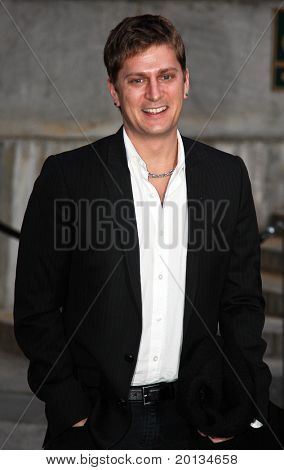 NEW YORK - APRIL 20: Musician Rob Thomas arrives at New York State Supreme Court for the Vanity Fair Party during the 2010 Tribeca Film Festival on April 20, 2010 in New York City.