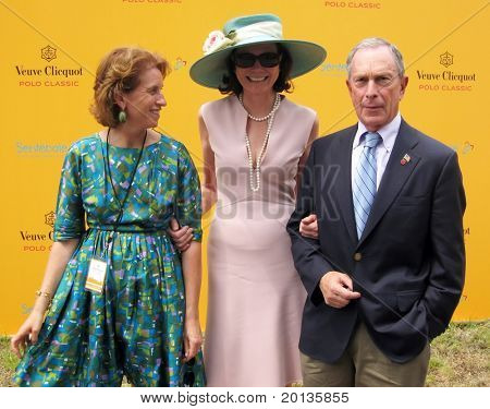 NEW YORK - JUNE 26: Mayor Bloomberg attends the Veuve Clicquot Polo Classic at Governor's Island on June 26, 2010 in New York City.