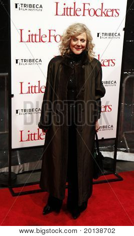 NEW YORK - DECEMBER 15: Blythe Danner attends the world premiere of