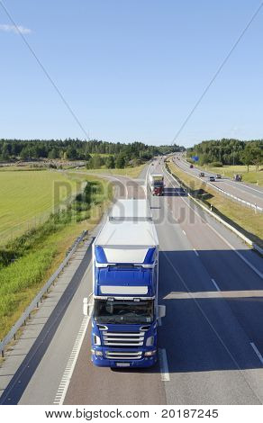 large lorry, truck coming straight-on