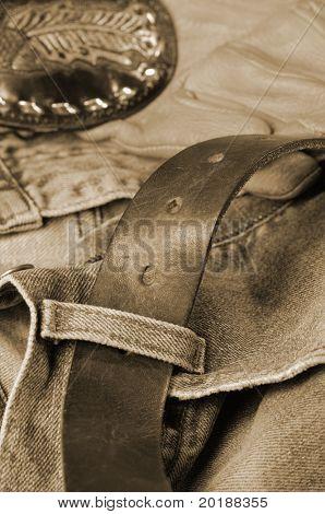 jeans, denim, belt and gloves in brown toning