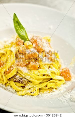 Linguini With Pumpkin And Bacon