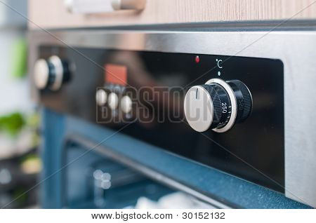 controls on the oven