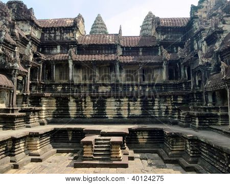A large room ruins of Angkor Wat
