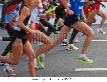 Hangzhou, China - Nov 9, 2008: Marathon Runners Start To Run