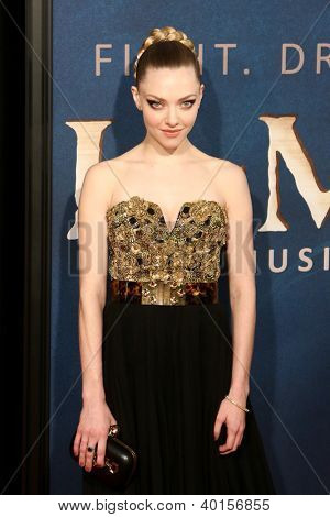 NEW YORK-DEC 10: Actress Amanda Seyfried attends the premiere of