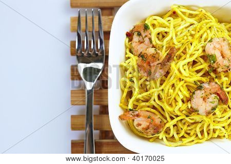 Curry Shrimp Noodles