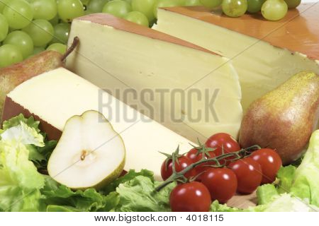 Fontina Cheese Sliced