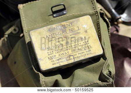 Metal box Ointment Anti-Gas