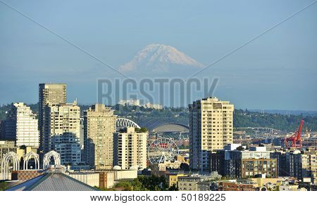 Mt Rainier And Seattle
