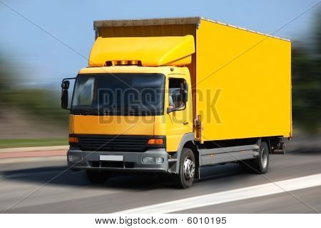 Yellow shipping