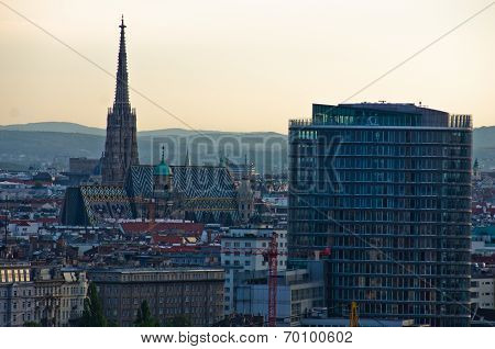 Vienna cityscape at sunset - city of thousand churches