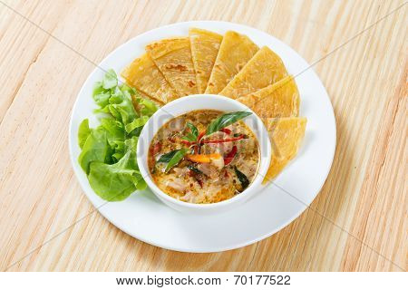 Indian Pancake With Chicken Curry