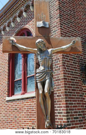 Bronze statue of Jesus Christ crucified