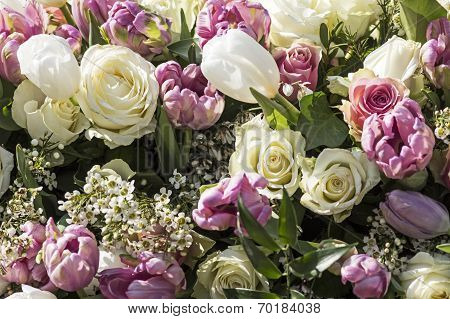 Bouquet in white and pink