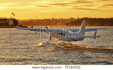 Cessna takeoff in Rose Bay, Sydney