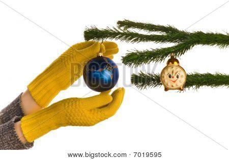 Dressing Christmas Tree