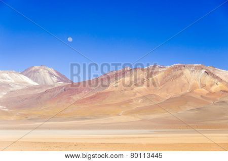 Mountains in Eduardo Avaroa Andean Fauna National Reserve, Sur Lipez, Bolivia
